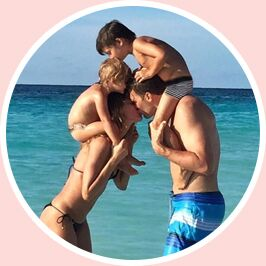 How To Up Your Family Holiday Instagram Game